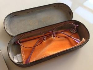 チーフインストラクターのメガネ